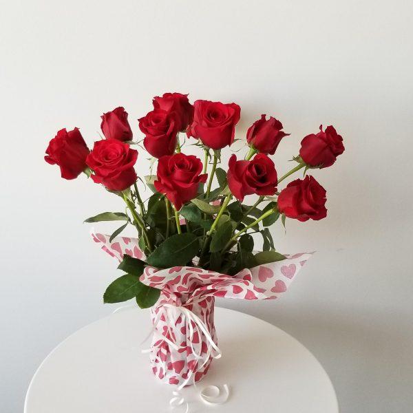 Fresh cut flowers Red Roses Premium Flower bouquet Gifts for loved ones GTA Mississauga Etobicoke Toronto Brampton Oakville Burlington Milton Richmond Hill North York